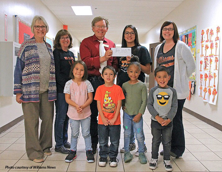 Rotary donation to KinderCamp program